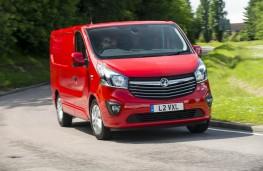 Vauxhall Vivaro, front, action