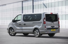 Vauxhall Vivaro Tourer Elite, 2017, rear