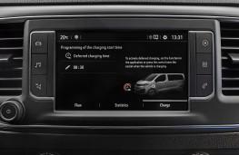 Vauxhall Vivaro-e, 2020, display screen
