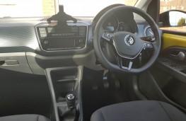 Volkswagen up! 1.0 R-Line, cabin