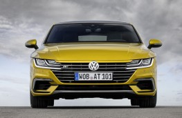 Volkswagen Arteon R-Line head-on