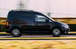 Volkswagen Caddy Black Edition side
