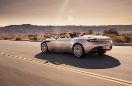 Aston Martin DB11 Volante, 2017, rear