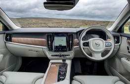 Volvo S90, dashboard