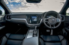 Volvo V60 R-Design, dashboard