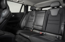 Volvo V60, rear seats