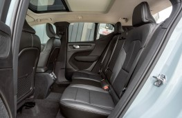 Volvo XC40, rear seats