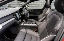 Volvo S60, front seats