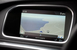Volvo V40, dash detail