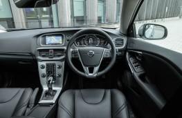 Volvo V40, dashboard