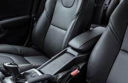 Volvo V40, front seats