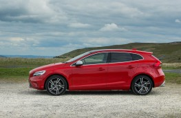 Volvo V40, side static