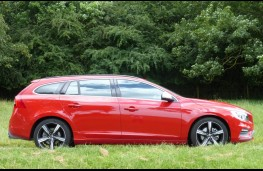 Volvo V60, side static