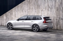 Volvo V60 R-Design rear threequarter