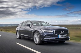 Volvo V90, front action (2)