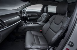 Volvo V90 Cross Country, front seats