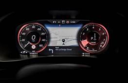 Volvo XC40, dash detail