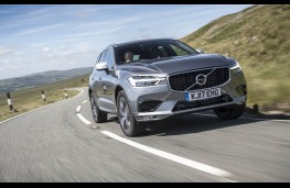 Volvo XC60, front action