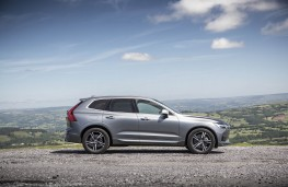 Volvo XC60, side static