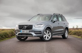 Volvo XC90 T8 Twin Engine, front static
