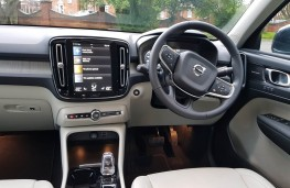 Volvo XC40 Recharge T5 Inscription, cabin