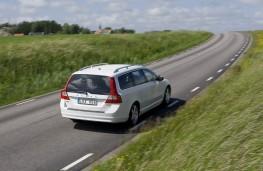 Volvo V70 2012, rear