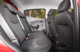 Vauxhall Viva Rocks, 2017, rear seats