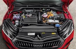 Skoda Octavia vRS iV, 2020, engine