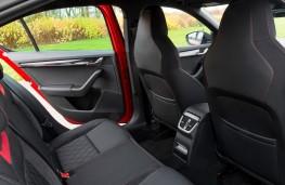 Skoda Octavia vRS 245 Estate, 2018, rear seats