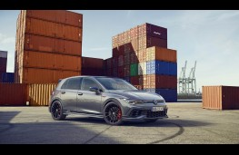 VW Golf Clubsport GTI 45, front static
