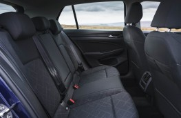 Volkswagen Golf, rear seats