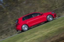 Volkswagen Golf, side action 2