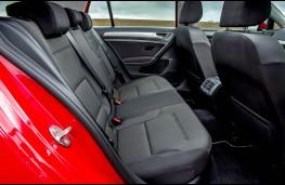 Volkswagen Golf BlueMotion 1.0 TSI, rear seats