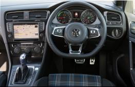 VW Golf GTE, dashboard