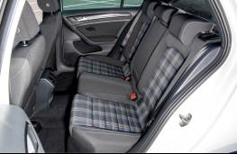 VW Golf GTE, rear seats