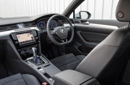 Volkswagen Passat GTE, interior