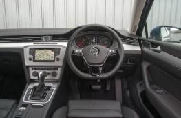 VW Passat, dashboard