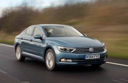 VW Passat, front action