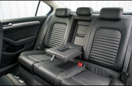 VW Passat, rear seat