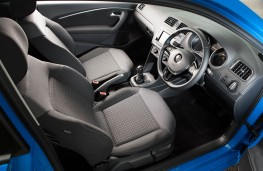 Volkswagen Polo, front seats