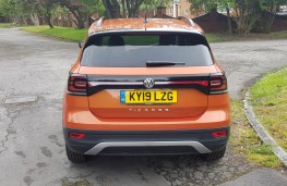 Volkswagen T-Cross 1.0 SE, rear