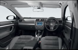 Volkswagen Jetta, dashboard