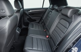 Volkswagen Golf GTD, rear seats