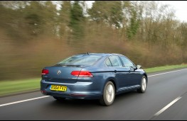 Volkswagen Passat, rear