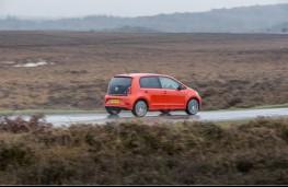 Volkswagen up!, side