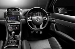 Vauxhall VXR8, interior