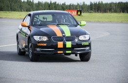 BMW 330, two wheel drive speed record, recovery