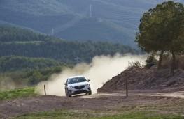 Mazda CX-5, Guy Wilks drive at Les Comes 1
