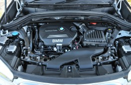 BMW X1, engine