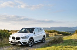 BMW X1, front
